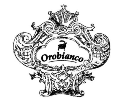 ギフトに最適!OrobiancoのiPhone&AirPodsケース