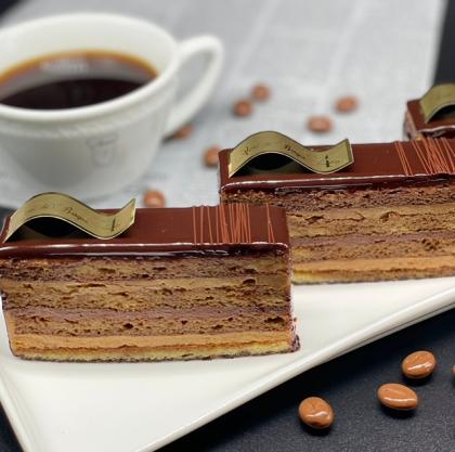季節のケーキ 伝統あるオペラ