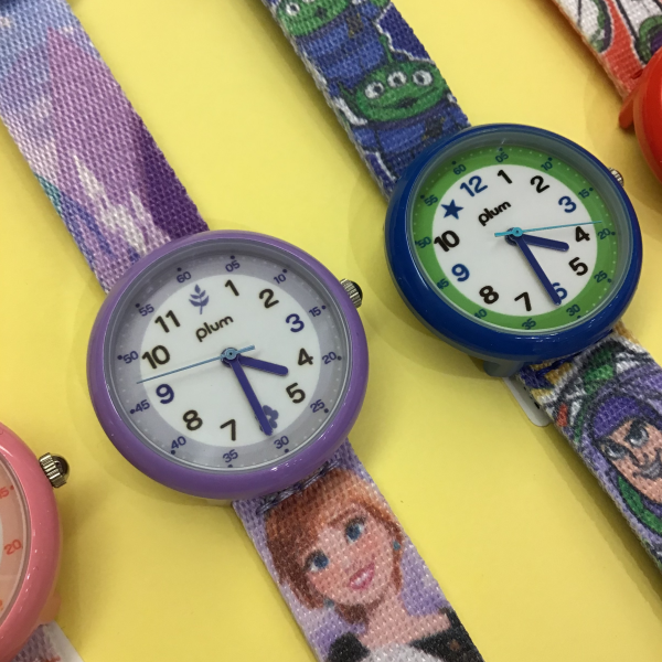 子どもが喜ぶ!! plumディズニーコラボキッズ腕時計!