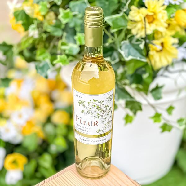 かわいいお花のラベル❤ すっきり華やか白ワイン!