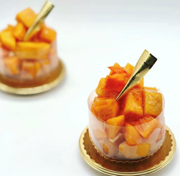 旬の柿のタルトレット