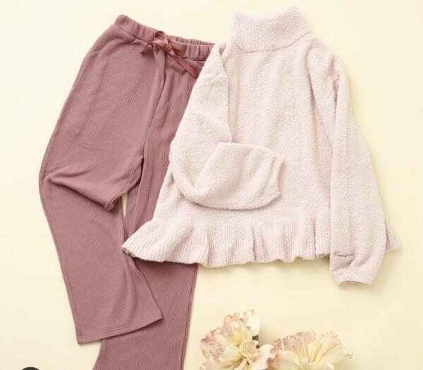 【NEW】おうち時間を快適にしてくれるモールニットパジャマ