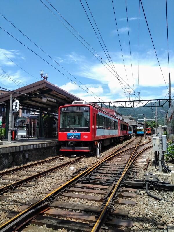 ★箱根の登山電車が運転再開します★