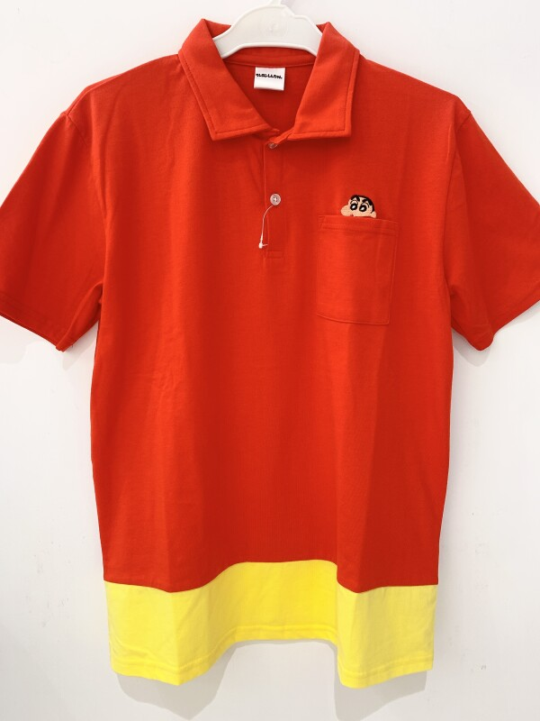 しんちゃんのTシャツ、販売してます🦖