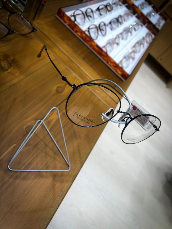 軽い!日本製メガネのご紹介!