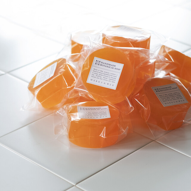 マンダリン精油とライム精油の香りがさわやかな、夏の限定石けんを販売中!